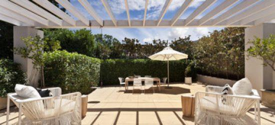 terrasse de plain pied ou terrasse sur lev e m g immo. Black Bedroom Furniture Sets. Home Design Ideas